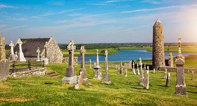 Ruines d'un ancien monastère à Clonmacnoise