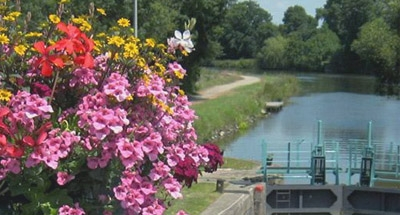 Écluse fleurie, Bretagne