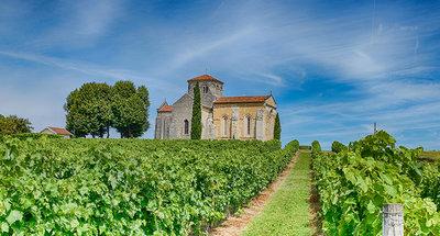 Chapelle historique dans les vignes de Cognac