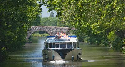 Vision sur le Canal du Midi