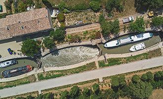 Vue aérienne des écluses de Fonseranes, Canal du Midi